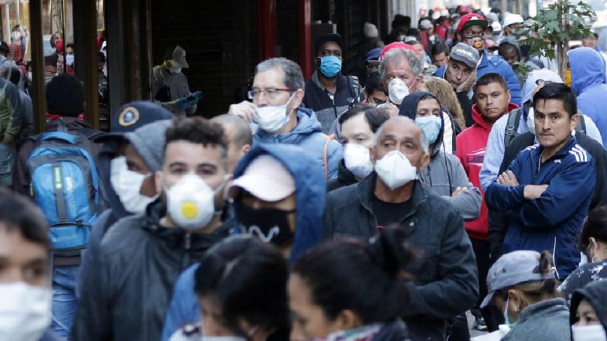 Coronavirus: 60% de los chilenos cree probable el contagio de un cercano; presidente de Honduras hospitalizado por COVID-19