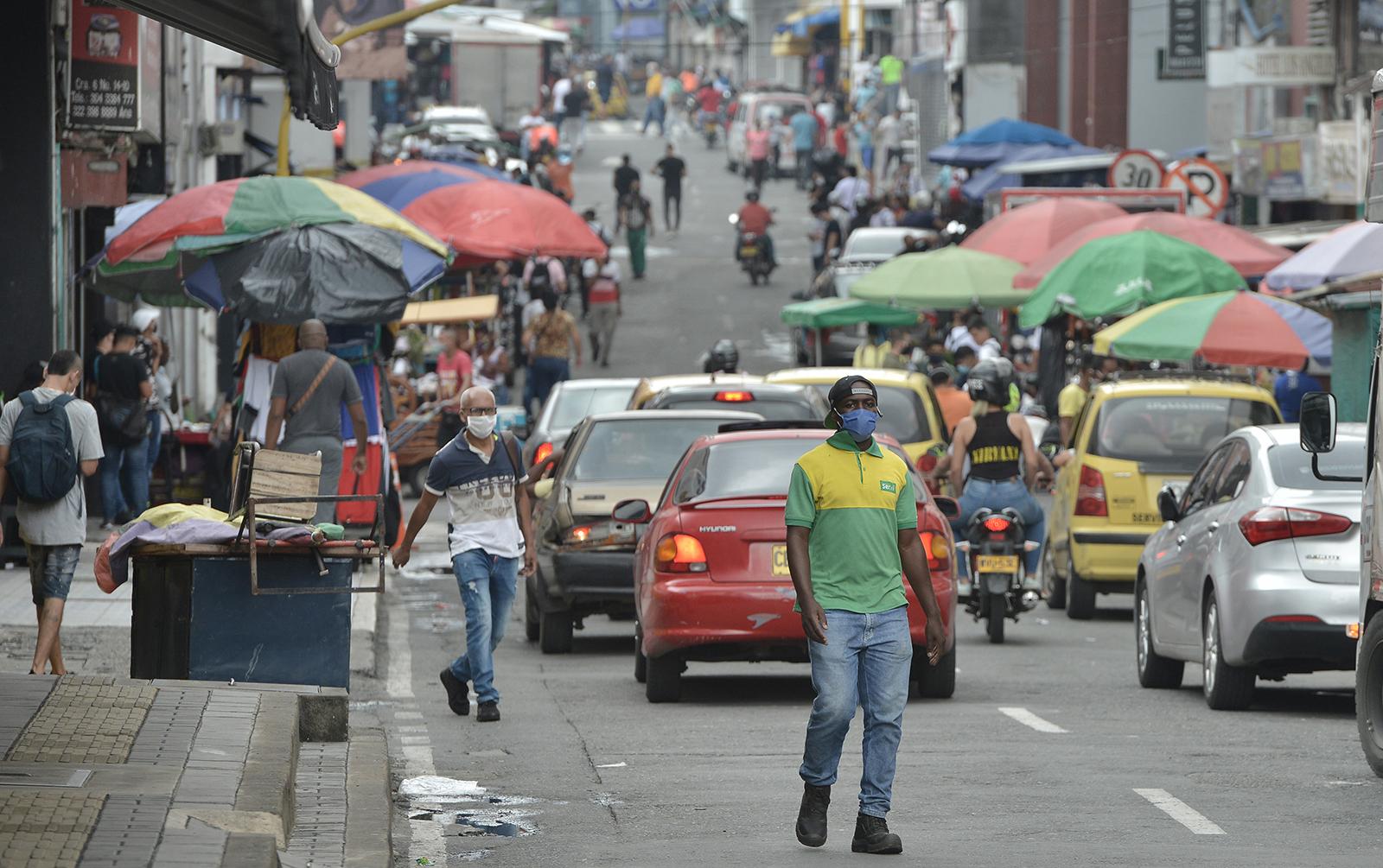Coronavirus: Brasil registra nuevo récord de fallecidos en 24 horas; oposición y gobierno logran acuerdo para enfrentar pandemia en Venezuela