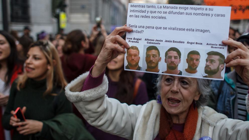 """España: Nueva sentencia para """"La Manada"""" por otro caso de violación grupal"""