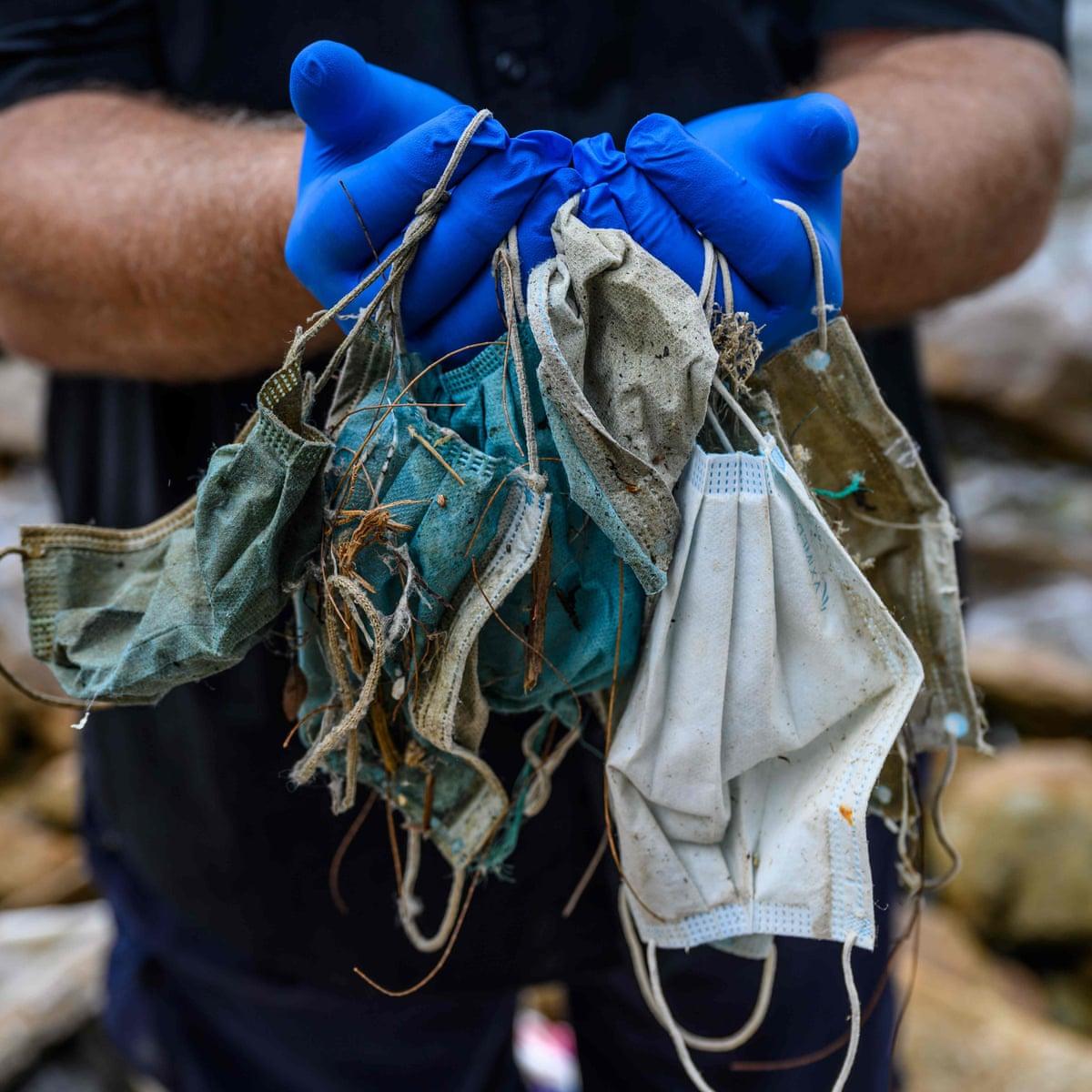 Guantes, mascarillas y desechos ocasionados por el COVID-19 son un nuevo problema de contaminación