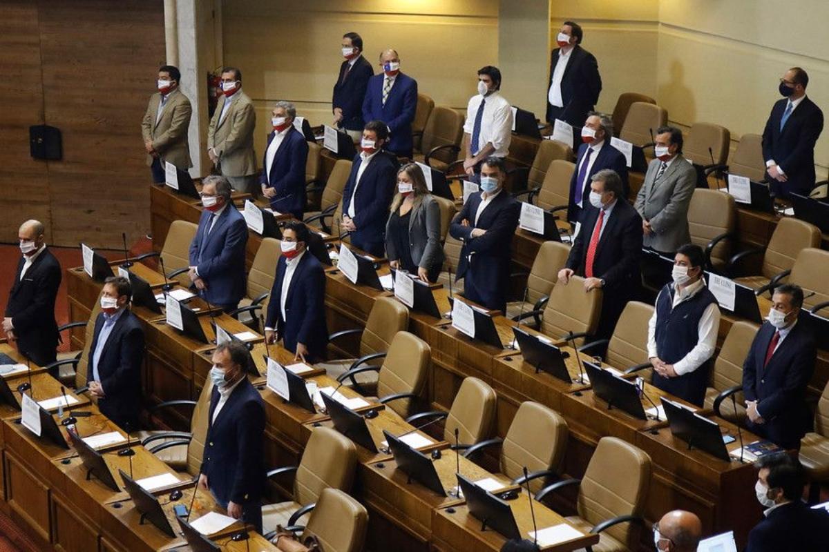 Chile: Congreso aprueba proyecto de ley que permite el retiro de fondos de las AFP