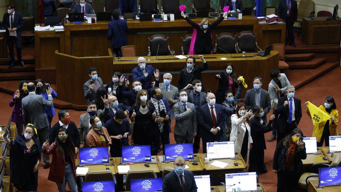 Chile: Congreso aprueba el proyecto de retiro de fondos de las AFP, que pasa al Senado