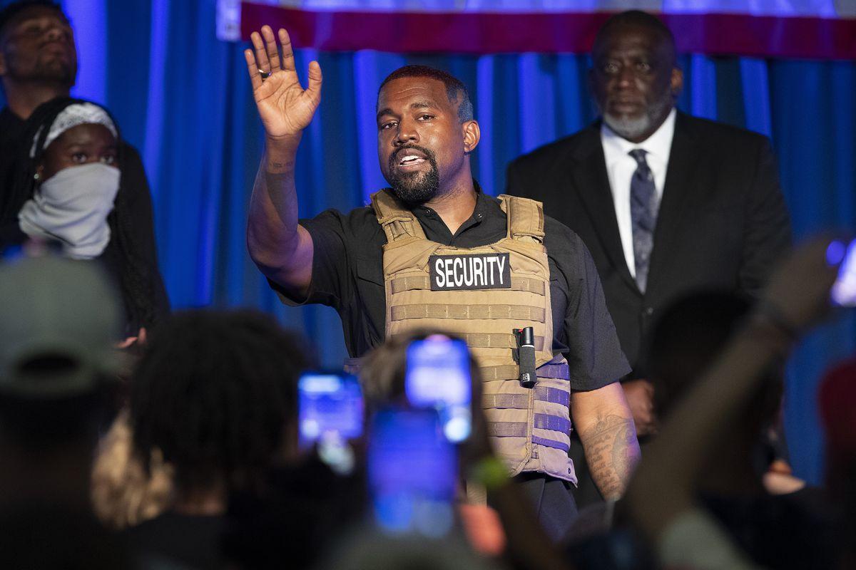 """Kanye West continúa su campaña anti-aborto en Twitter: """"Me preocupa el mundo que siente que no se debe llorar por este tema"""""""