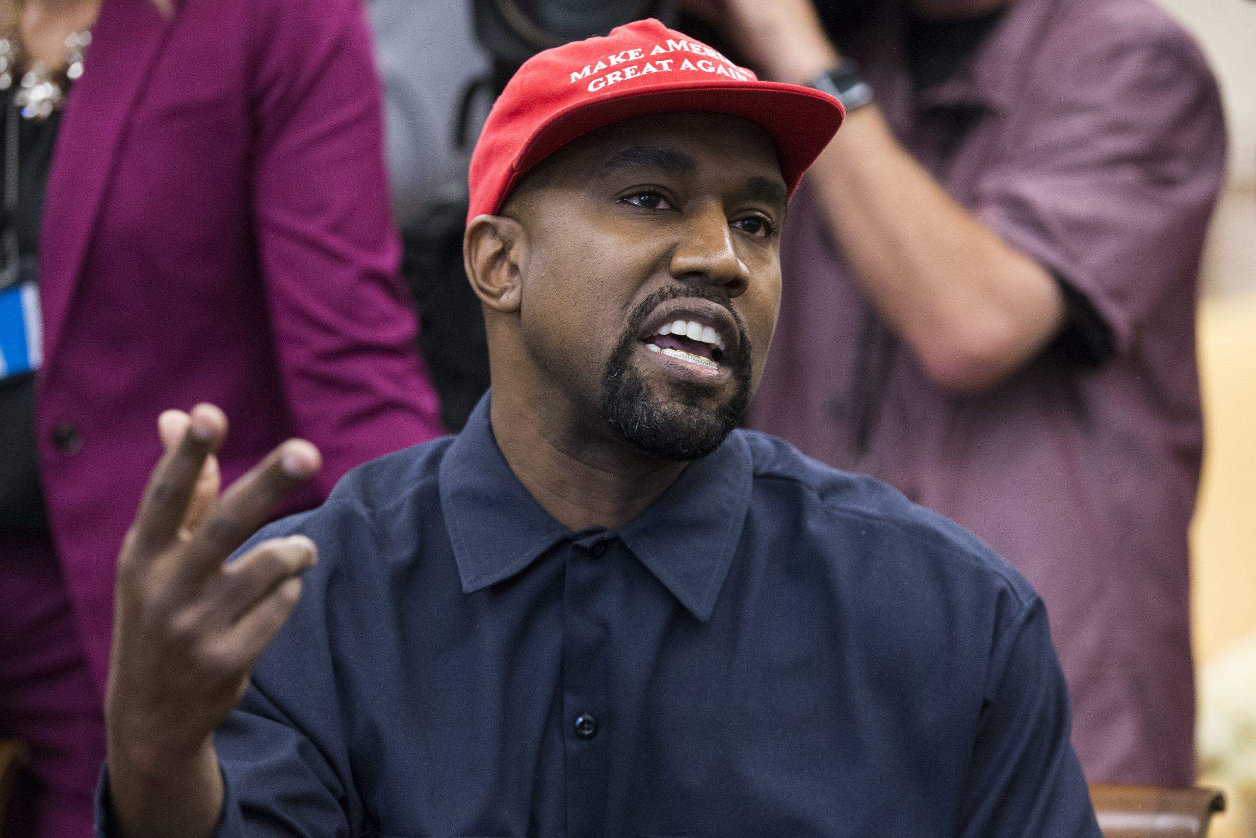 Kanye West cuenta con el 2% de las intenciones de voto para las elecciones presidenciales de EE.UU., de acuerdo a encuesta