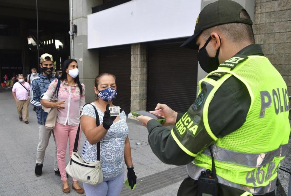 Coronavirus: Chile registra su número más bajo de contagios en 63 días; Bogotá y Medellín volvieron a cuarentena