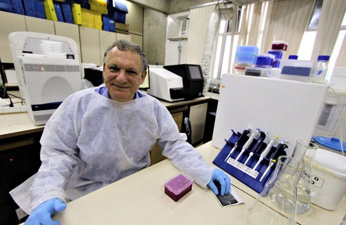 """Un hombre en Brasil es la primera persona en """"curarse"""" de VIH solo con el uso de medicamentos"""