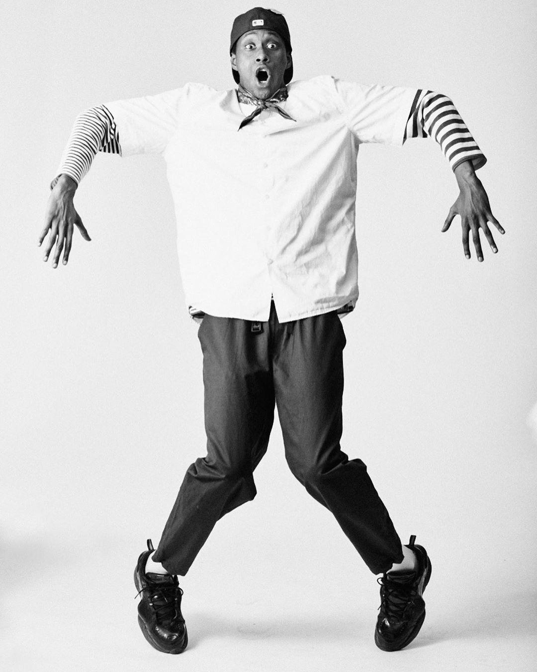 Conoce a Taylor Kastle, el bailarín electro dance que sacude las calles de París
