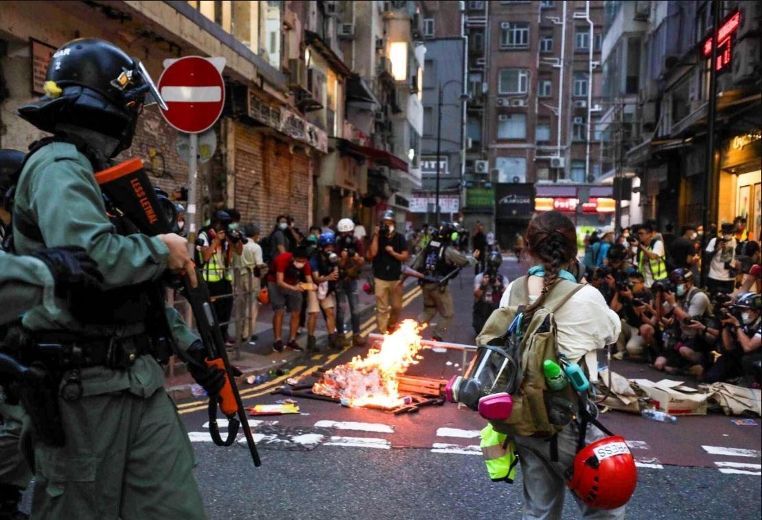 Hong Kong: Más de 300 arrestos durante protestas por la nueva Ley de Seguridad Nacional
