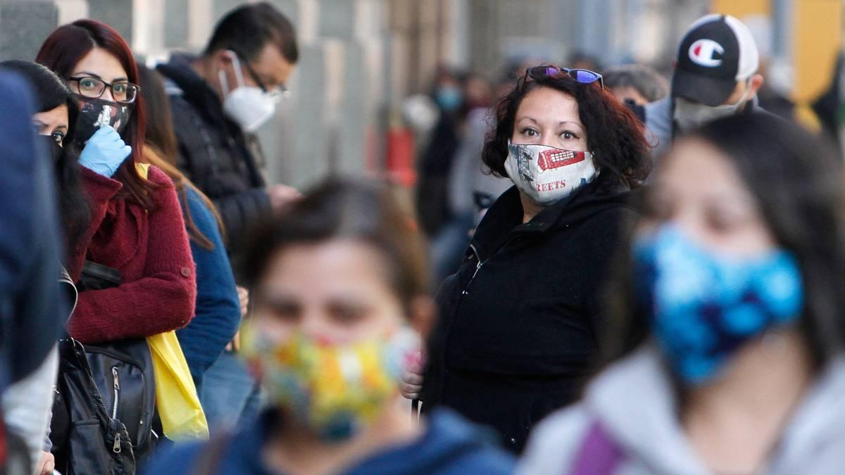 Coronavirus: Principales comunas de la Región Metropolitana de Chile inician desconfinamiento; bares y cantinas de la CDMX reanudan operaciones