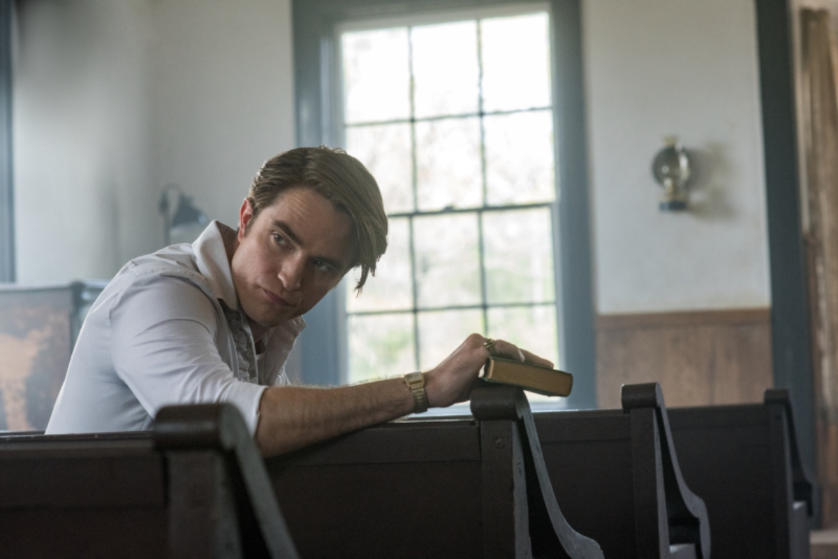 "Netflix publicó las primeras imágenes de ""The Devil All the Time"" con Robert Pattinson y Tom Holland"