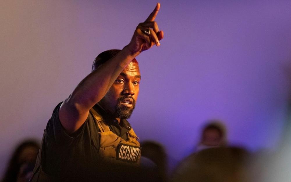 Kanye West está siendo ayudado por los republicanos y la abogada de Trump en su carrera presidencial