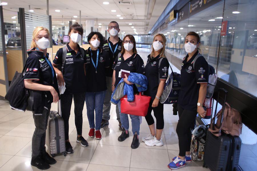 Coronavirus: Médicos italianos llegan a Chile para combatir a la pandemia; Argentina cruza la barrera de los 4.000 muertos