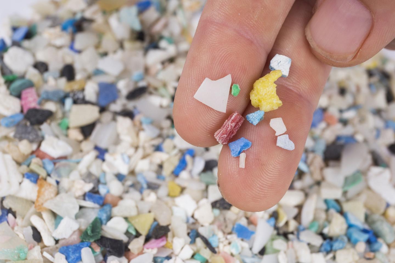 Los microplásticos ya están presentes en todos los órganos humanos, según nuevo estudio