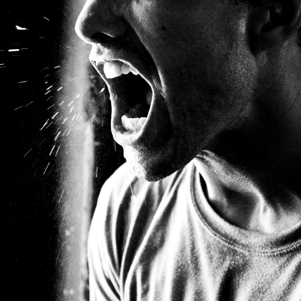 Los hombres tóxicos, violentos y homofóbicos son más propensos a tener problemas de salud mental, según estudio
