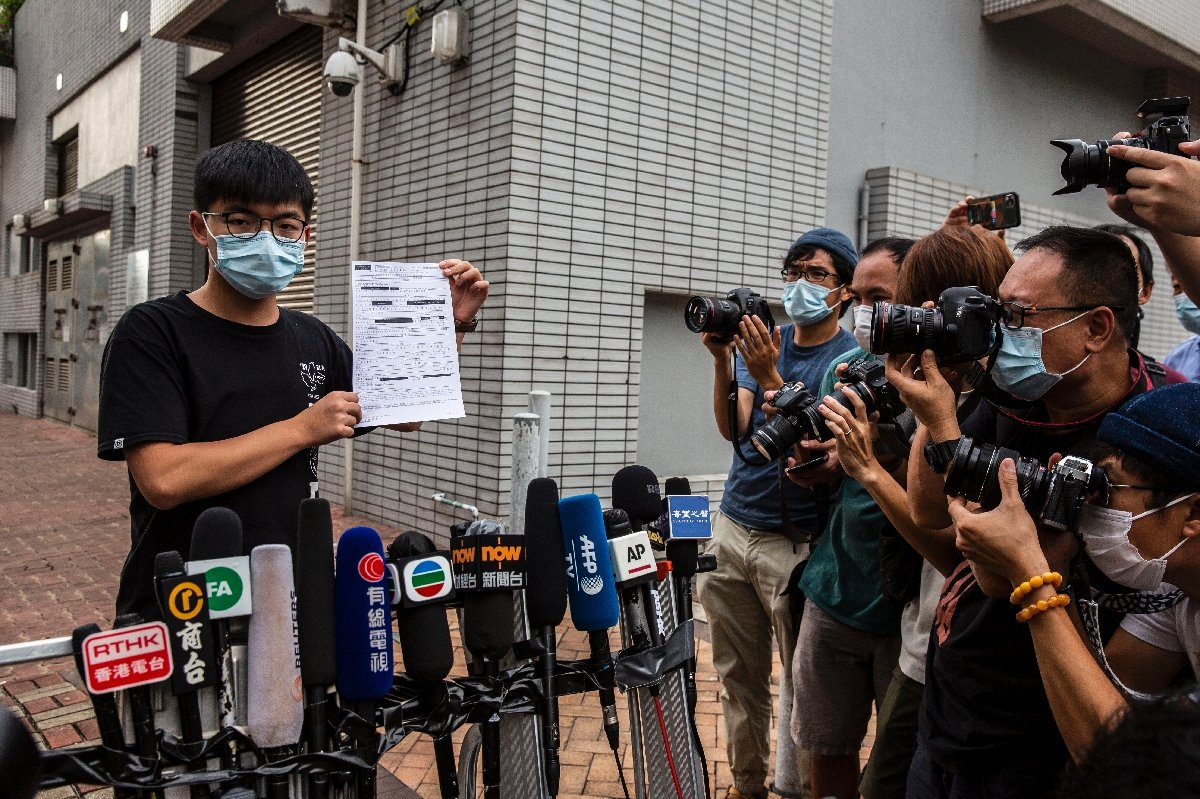 """Hong Kong: Activista prodemocracia Joshua Wong fue detenido por participar en """"reunión ilegal"""""""