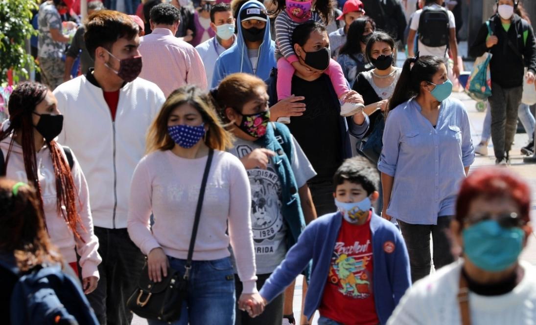 Coronavirus: Positividad en la Región Metropolitana de Chile sube al 4%; vuelve el confinamiento al Reino Unido