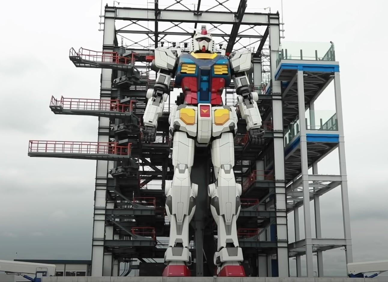 Esta réplica japonesa de un robot Gundam a escala real puede moverse