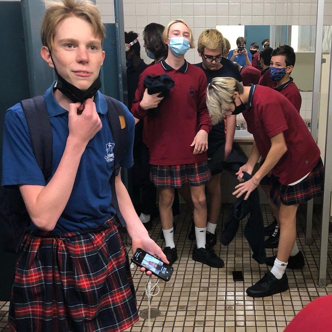 Canadá: Estudiantes de secundaria usan faldas para enviar un mensaje feminista y de tolerancia