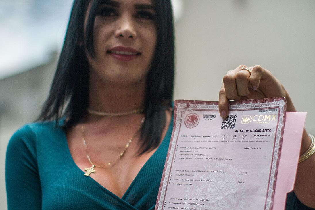 México: Personas trans podrán cambiar su género en nuevas actas de nacimiento