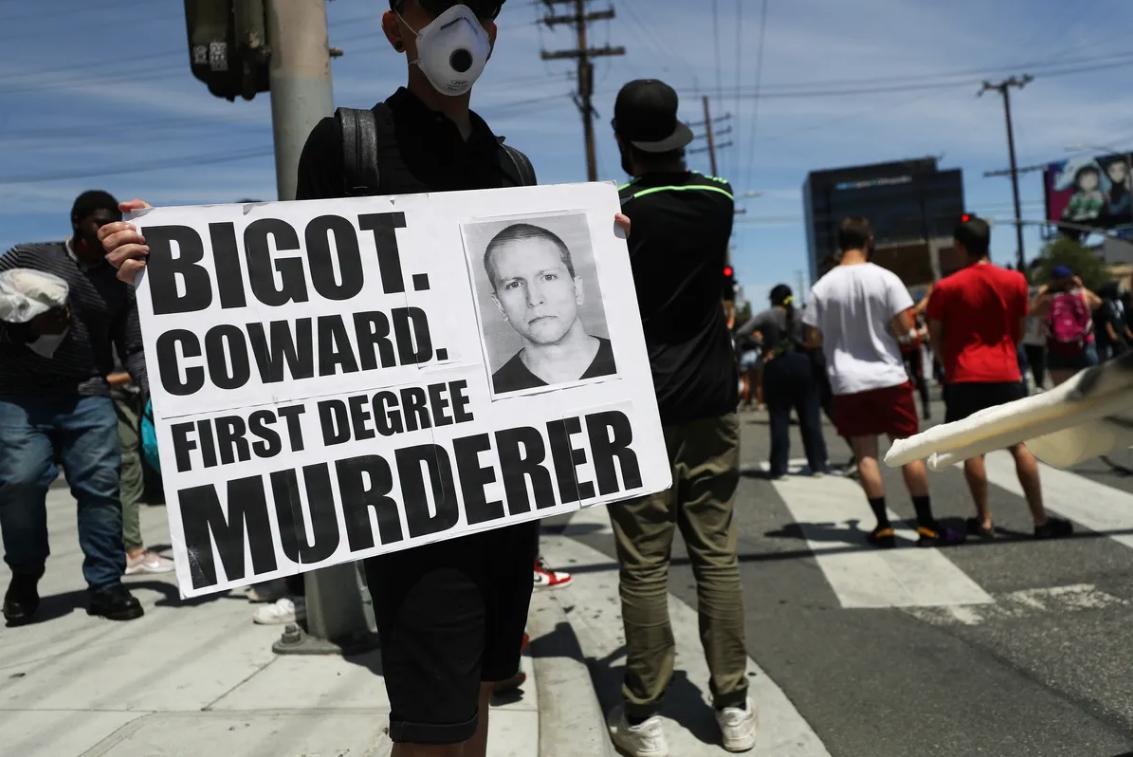 El ex policía acusado de la muerte de George Floyd sale en libertad tras pagar fianza de 1 millón de dólares