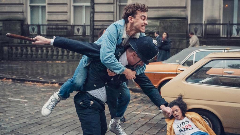 """""""It's A Sin"""": Olly Alexander es la estrella del nuevo drama gay de Russell T. Davies"""