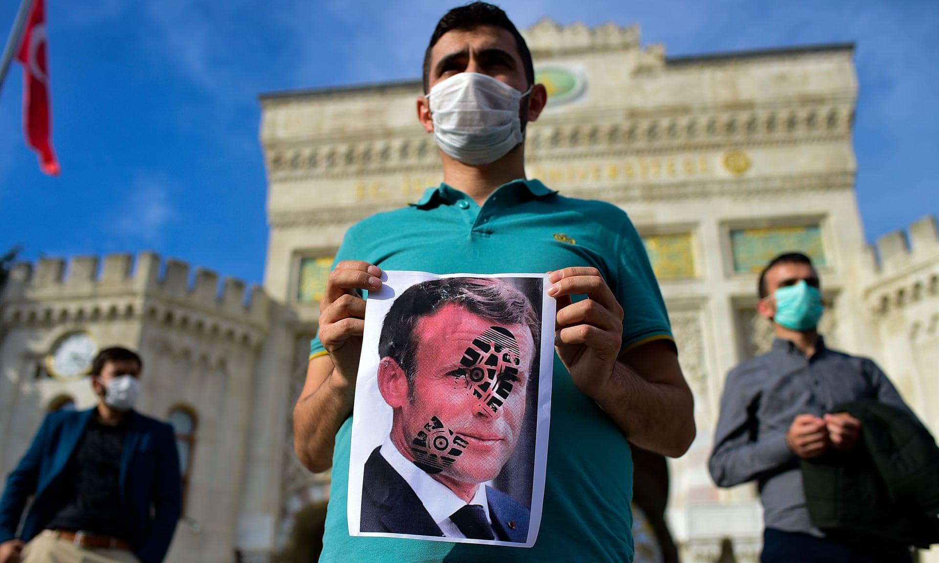 El mundo islámico se vuelca contra Francia tras declaraciones polémicas de Macron y hacen un llamado al boicot