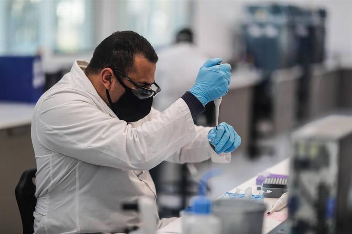 Coronavirus: Argentina aplicará inmunización desde marzo; Pfizer pide aprobación express de su vacuna