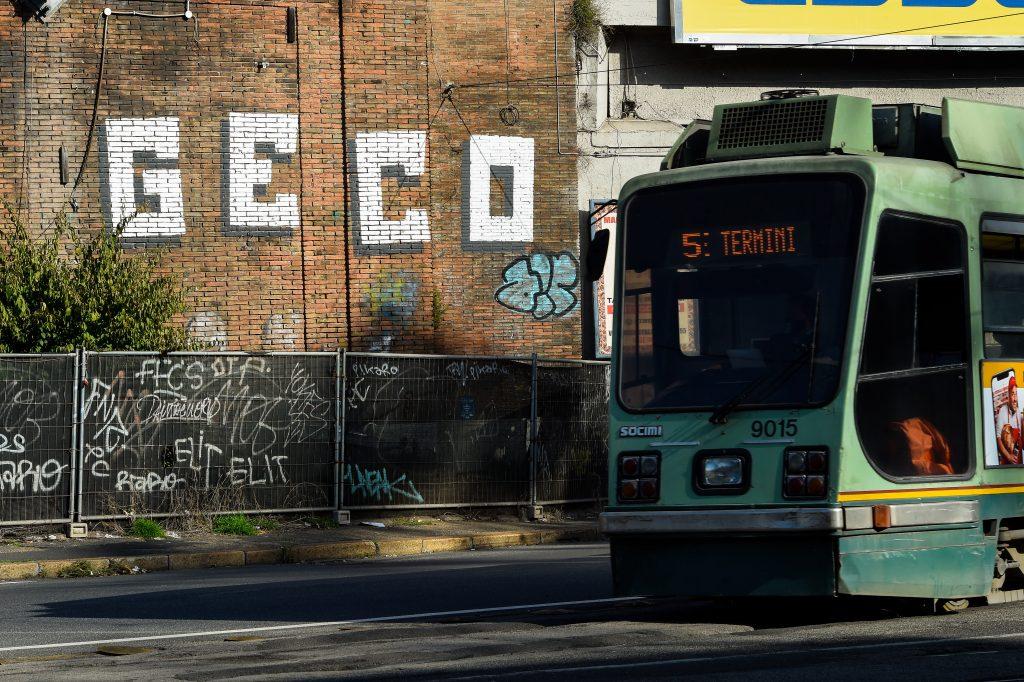 Conoce la historia de Geco, el Banksy italiano que fue capturado tras 18 meses de búsqueda