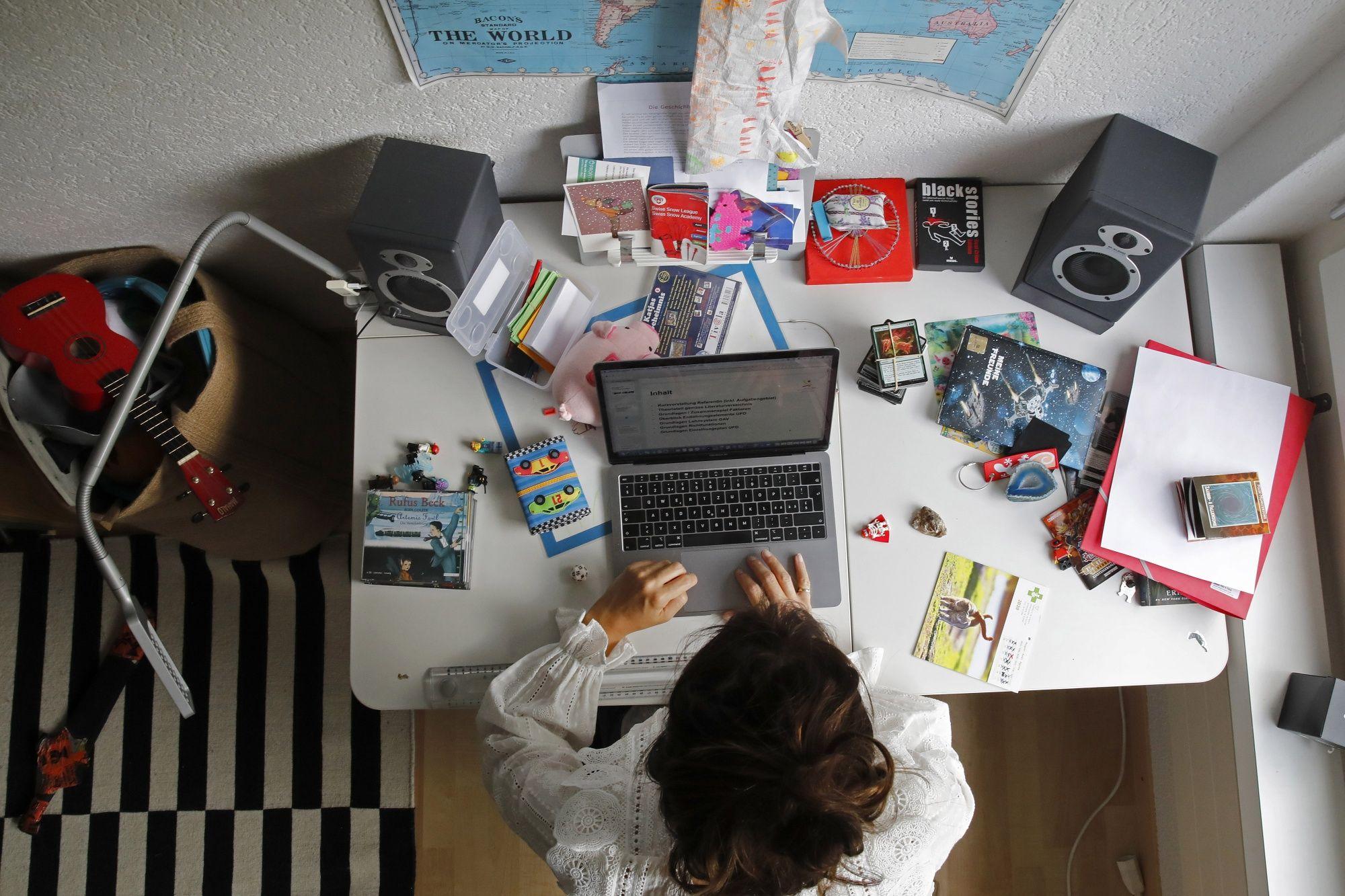 México: Aprueban reforma de ley que exige a empresas pagar la luz e Internet de empleados que trabajen desde casa