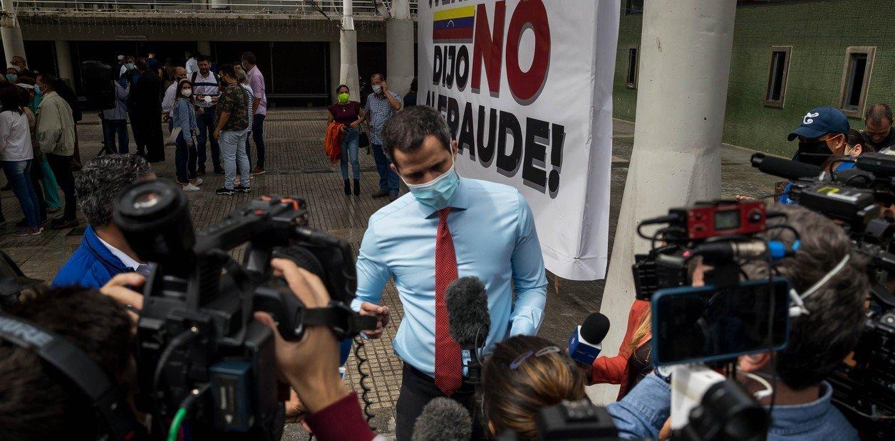 Venezuela: Oposición da inicio a consulta popular contra Maduro