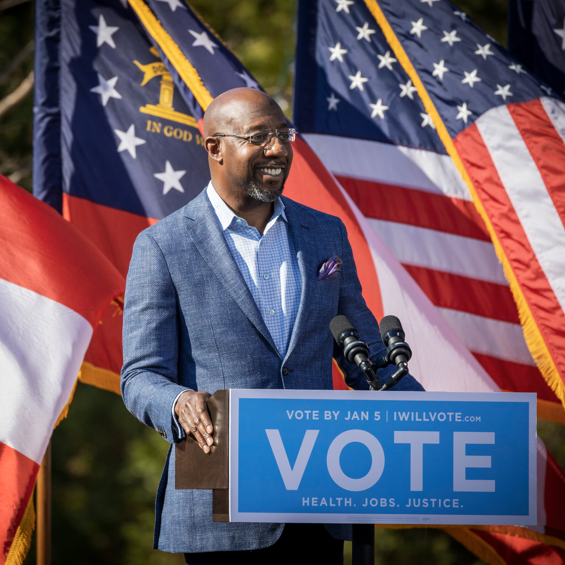 EE.UU: Raphael Warnock será el primer senador negro de Georgia mientras los demócratas se acercan al control de la Cámara Alta