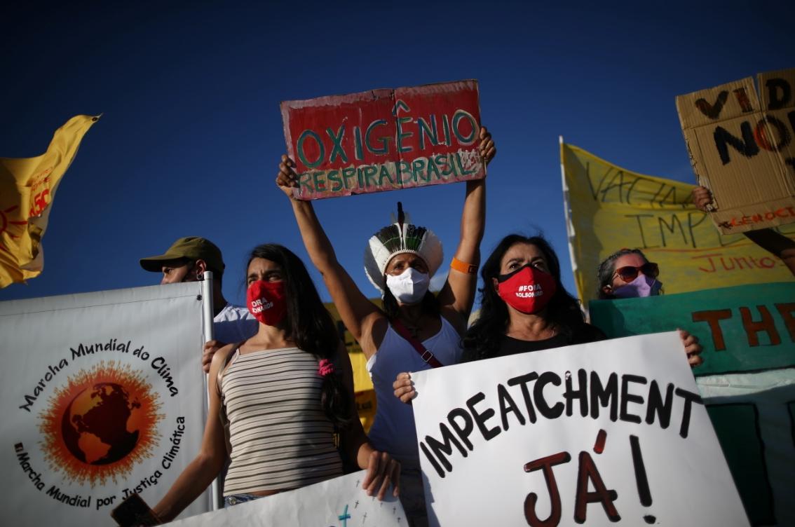 """Bolsonaro se enfrenta a crecientes llamados de """"impeachment"""" tras su nefasto manejo de la pandemia"""