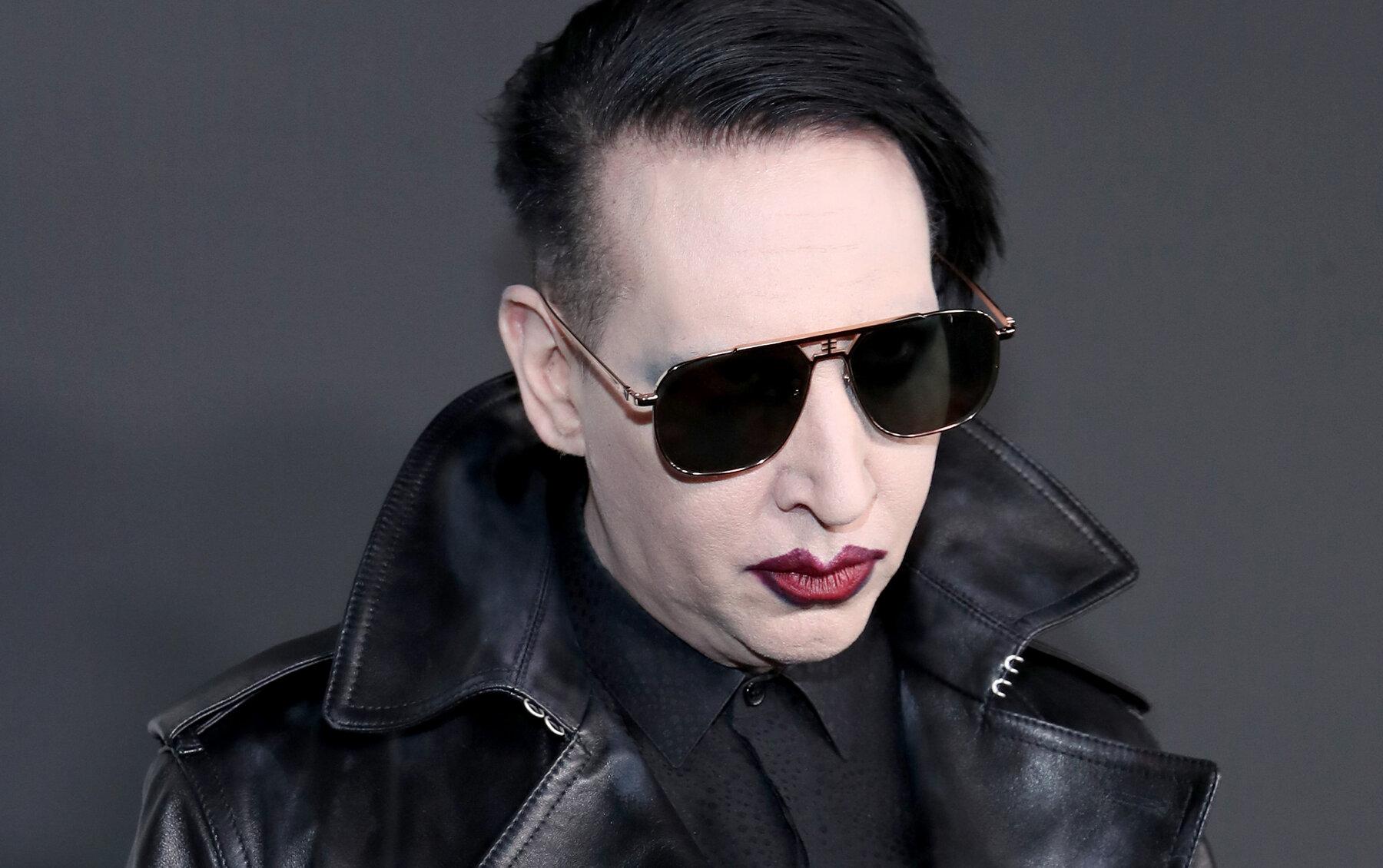 Marilyn Manson se queda sin disquera y es despedido de la TV tras acusaciones de abuso en su contra