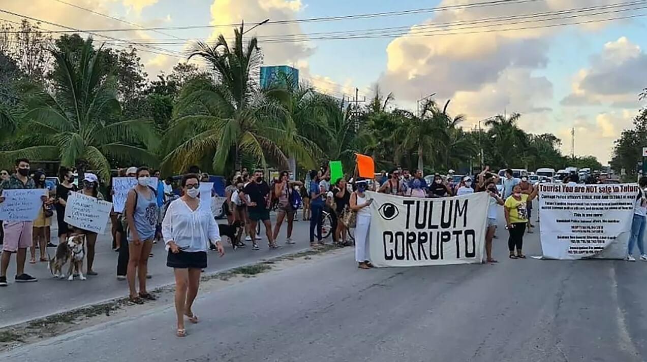 México: 4 policías detenidos tras asfixiar hasta la muerte a mujer salvadoreña en Tulum