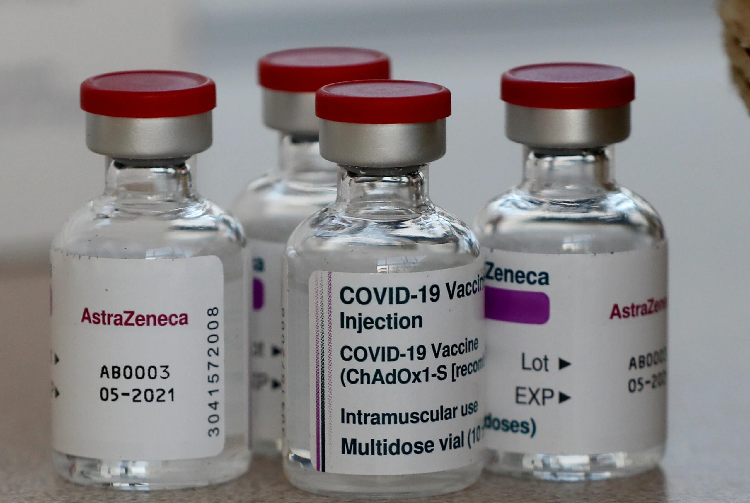 Dinamarca, Noruega e Islandia suspenden aplicación de vacuna de AstraZeneca tras formación de coágulos de sangre