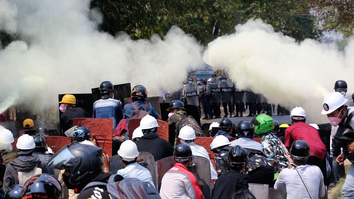 Myanmar: Fuerzas de seguridad asaltan sede de medio de comunicación local y ocupan hospitales en medio de la represión a manifestantes