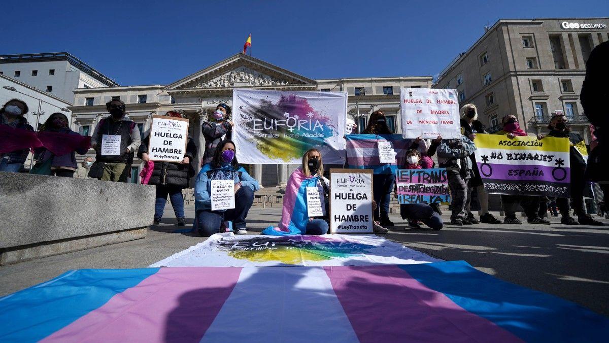 La nueva Ley Trans de España permitirá cambio de género sin informes médicos ni hormonación