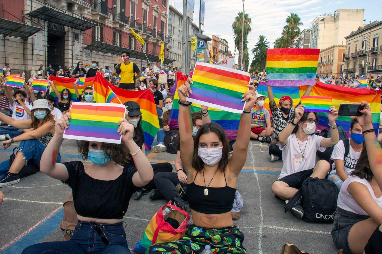 El Vaticano exige no aprobar una ley anti-homofobia al gobierno de Italia