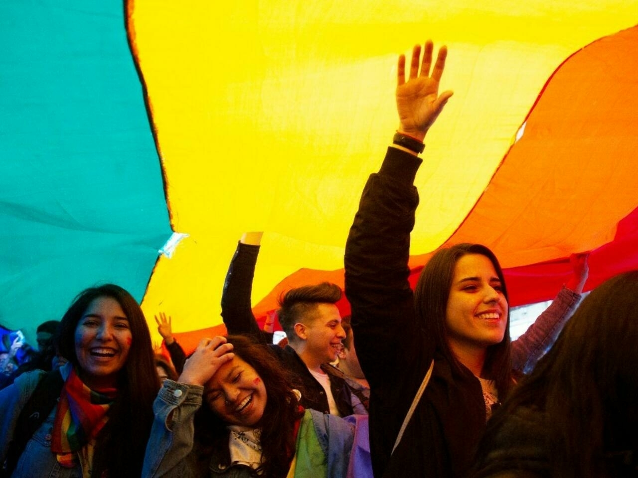 Senado chileno aprueba por mayoría Ley de Matrimonio Igualitario