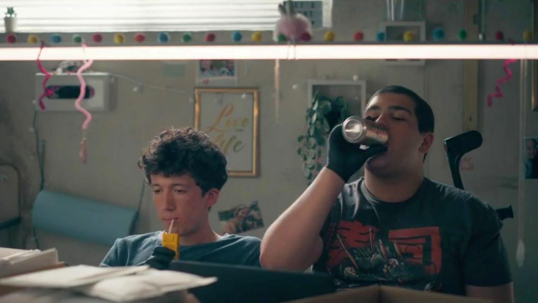 """""""How To Sell Drugs Online (Fast)"""" estrena el trailer de su esperada tercera temporada"""