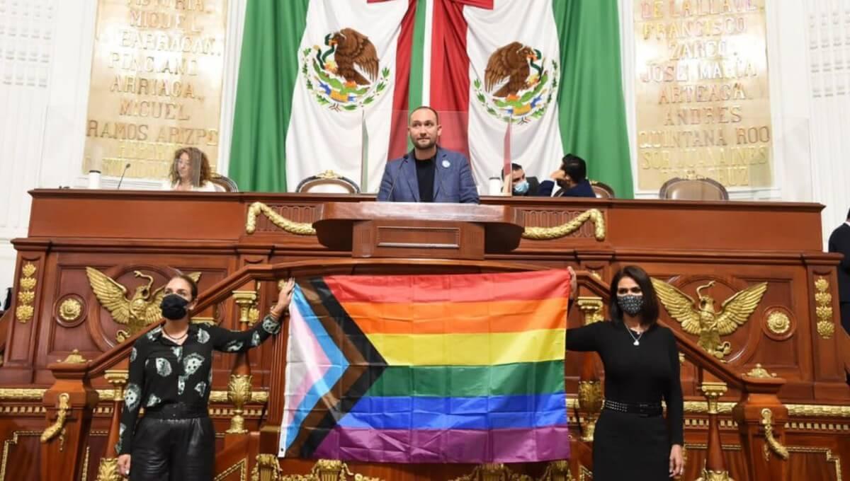Congreso de la Ciudad de México aprueba ley a favor de las personas trans e intersexuales