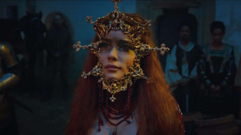 """Halsey es madre, diosa, santa y puta en el trailer de """"If I Can't Have Love, I Want Power"""", la película que acompaña su nuevo disco"""