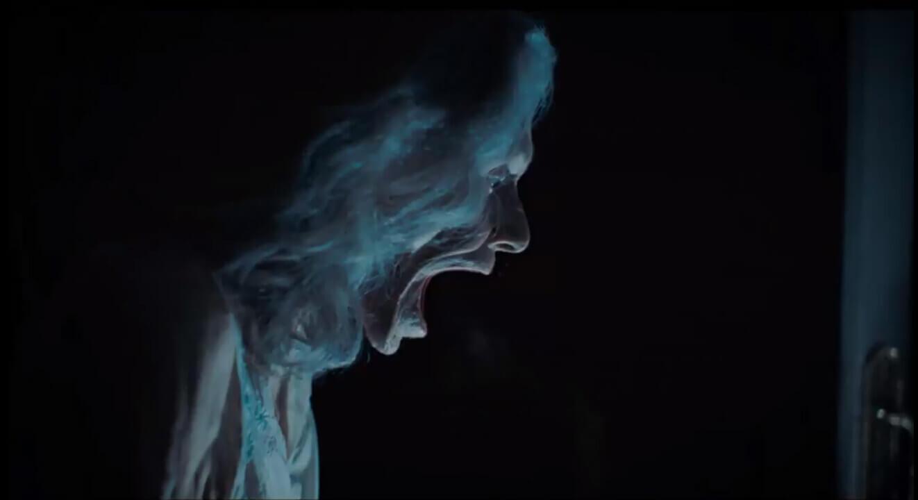 """""""La Abuela"""": El director de """"Veronica"""" y """"REC"""", Paco Plaza, vuelve con una nueva historia de terror en este trailer"""
