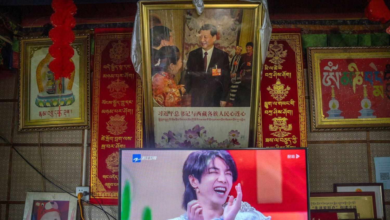 """China prohíbe los reality shows y promueve una representación """"más masculina"""" y """"tradicional"""" de los hombres"""