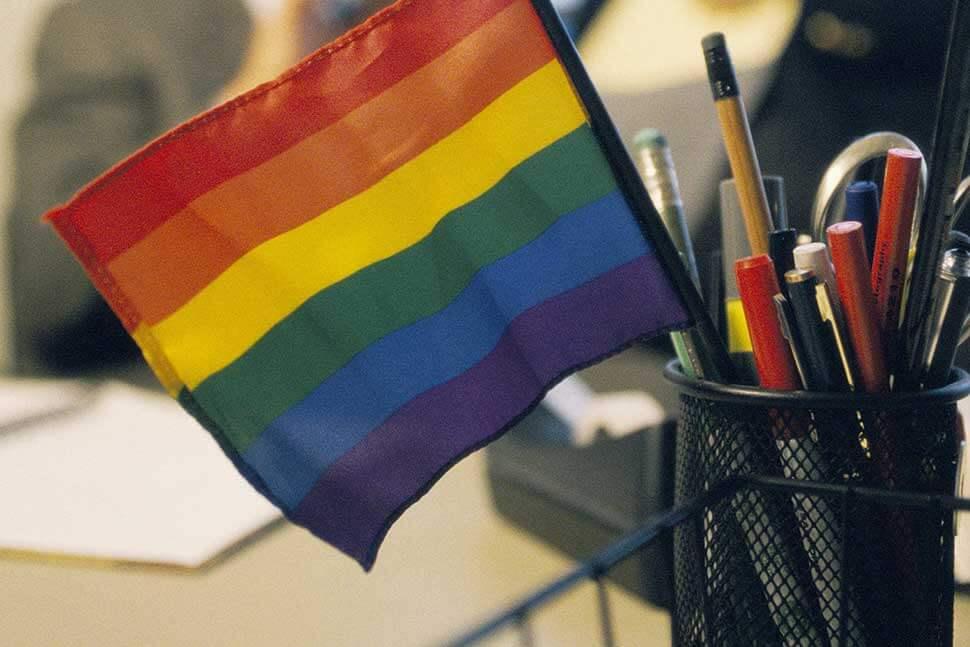 Nuevo estudio señala que 1 de cada 10 personas LGBTQI+ ha experimentado discriminación laboral