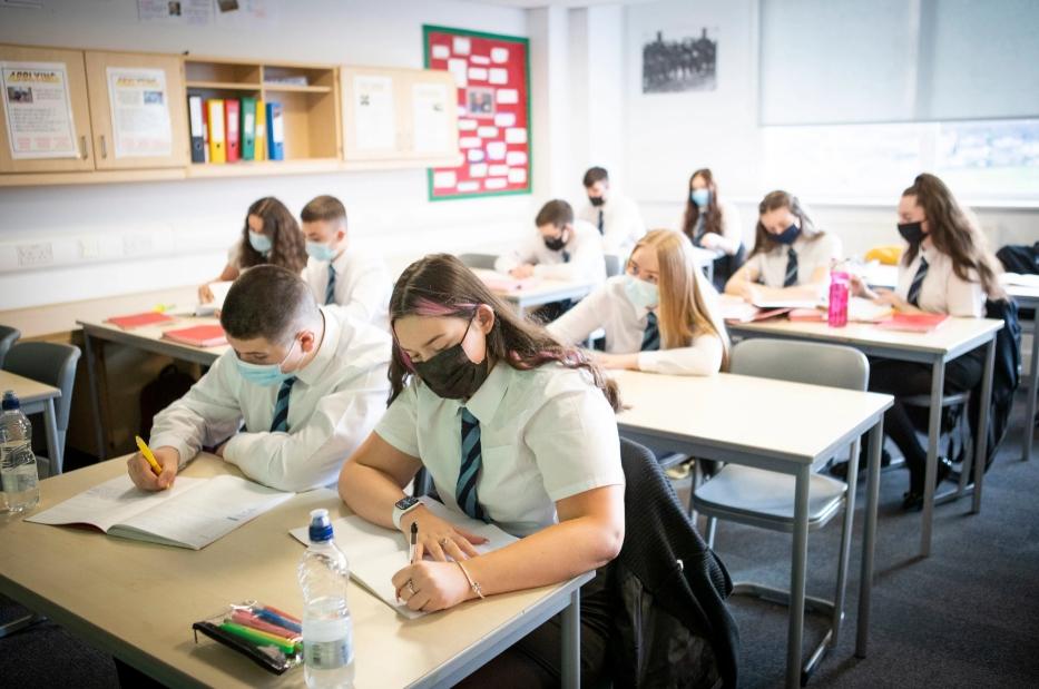 Escocia es el primer país del mundo en enseñar inclusión e historia LGBTQI+ en las escuelas