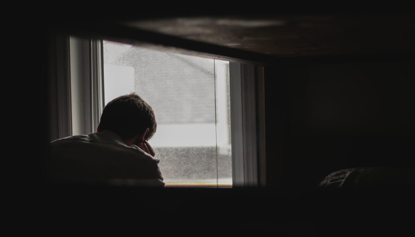 5 maneras de ayudar a alguien con pensamientos suicidas