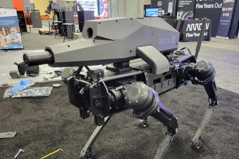 Como vivimos en una distopía, estos perros robot militares ahora tienen rifles de asalto